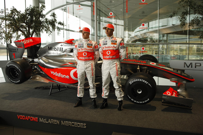 vodafone-mclaren-mercedes-mp4-24-3